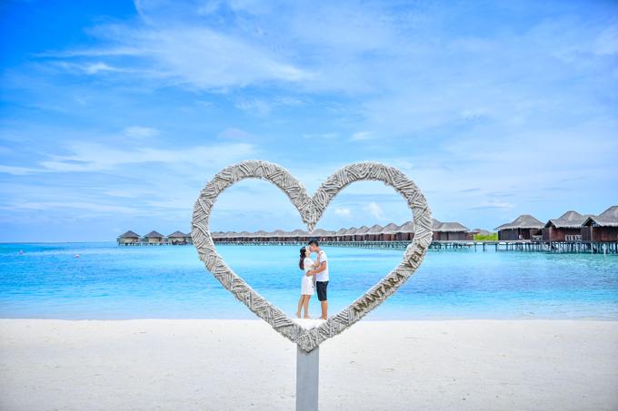 Bà xã Bình Minh:Anh ấy vẫn lãng mạn dù đã chung sống 10 năm - 8