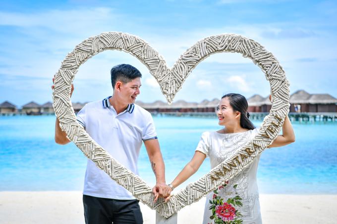 Bà xã Bình Minh:Anh ấy vẫn lãng mạn dù đã chung sống 10 năm - 10
