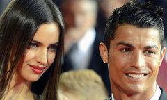 C. Ronaldo tâm sự với bạn vẫn rất yêu Irina Shayk