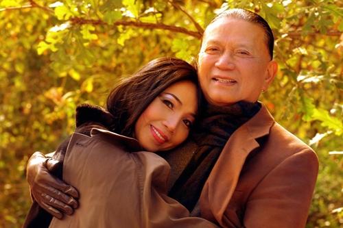 Quỳnh Lan và chồng quá cố.