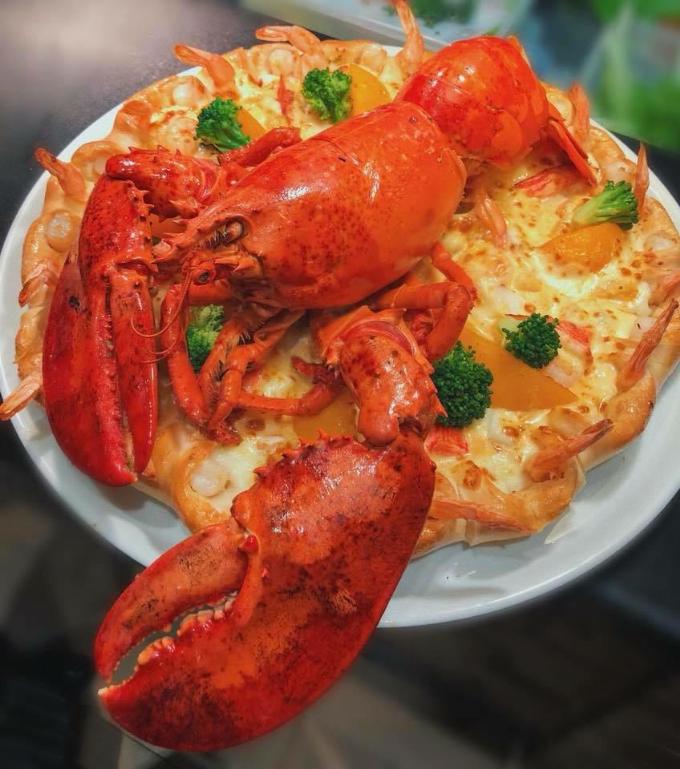 Hoa hậu HHen Niê yêu thích Pizza Viền Tôm Nướng - 4