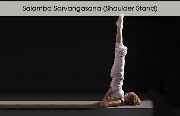 5 tư thế yoga giúp đánh tan bọng mắt - 3