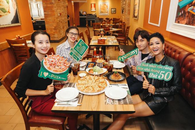 Hoa hậu HHen Niê yêu thích Pizza Viền Tôm Nướng - 2