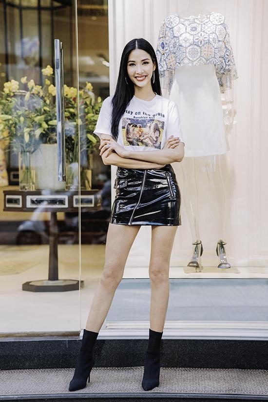 Sao Việt thử trang phục cho show Công Trí