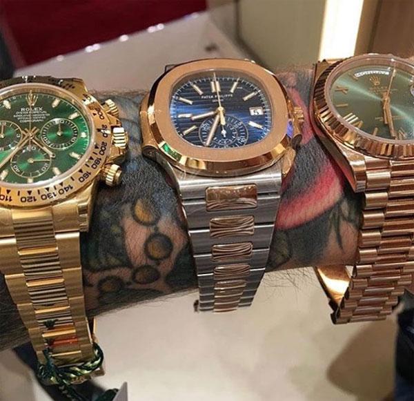Tay đấm CH Ireland cũng sắm nhiều đồng hồ đắt tiền như một thú sưu tập.