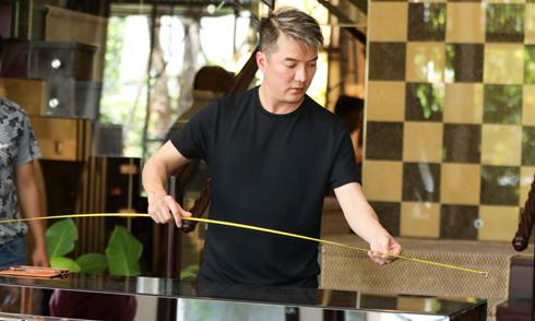 Mr. Đàm 'tút' lại biệt thự triệu đô để làm event