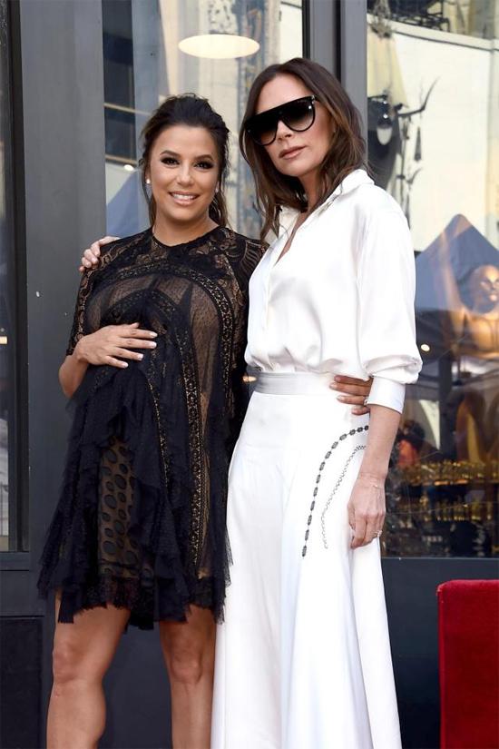 Sự kiện đặc biệt này của Eva không thể thiếu vắng cô bạn thân Victoria Beckham.