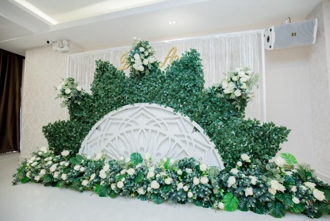 Emerald ưu đãi cho khách hàng đặt tiệc cưới - 1