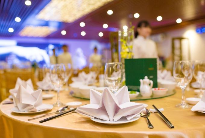 Emerald ưu đãi cho khách hàng đặt tiệc cưới - 3