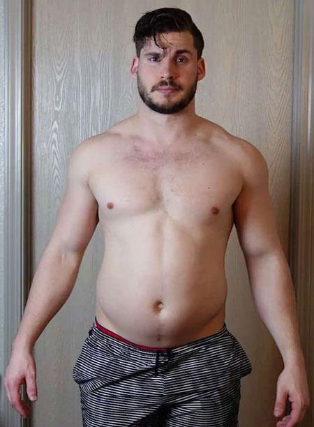 Anh chàng bụng tròn biến hình trong 12 tuần để thành trai đẹp sáu múi