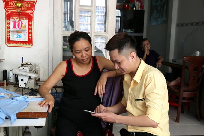 Nhân viên Thế Giới Di Động đến tận nhà hỗ trợ khi sản phẩm xảy ra lỗi