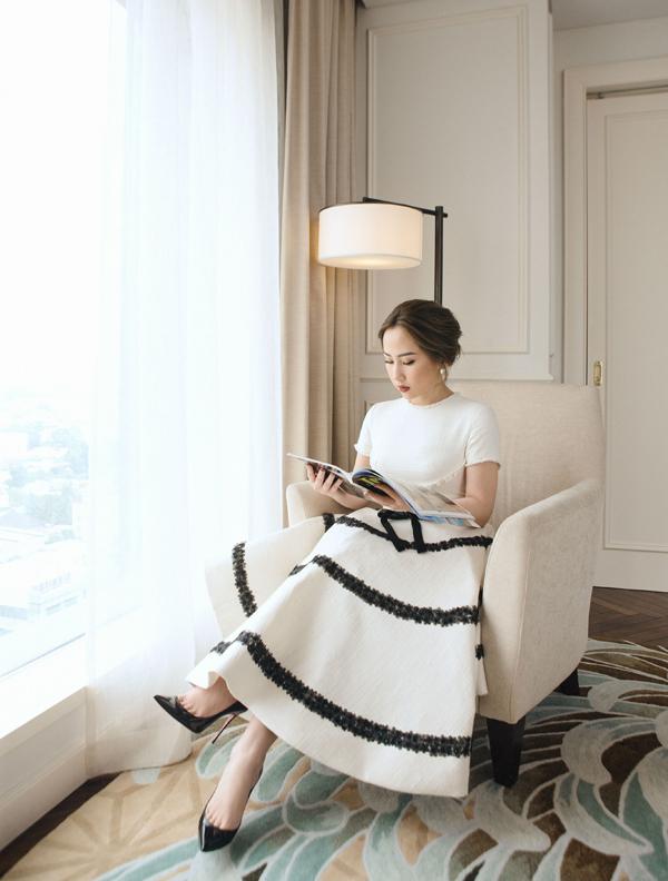 Có vẻ như đã chán xuất hiện trước giới mộ điệu thời trang, Trâm Nguyễn gần như mất tích một thời gian dài ở các sự kiện lớn. Cô tập trung phần lớn thời gian cho công việc kinh doanh, phát triển thương hiệu chăm sóc sắc đẹp Ruco International Clinic trở thành biểu tượng phong cách sống của phụ nữ thời đại.