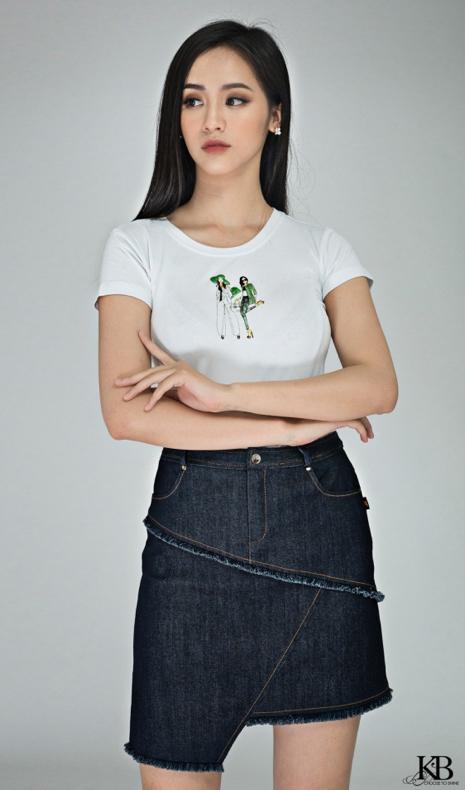 Áo phông và juypdenim mang tới làn gió mới mẻ với phong cáchkhỏe khoắn, năng động.