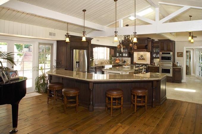 Không gian căn bếp tiện nghi.