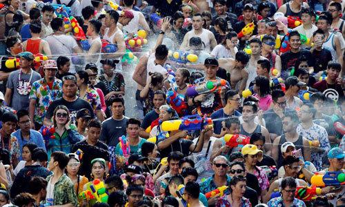 Hơn 4.000 người thương vong trong lễ hội té nước của Thái Lan