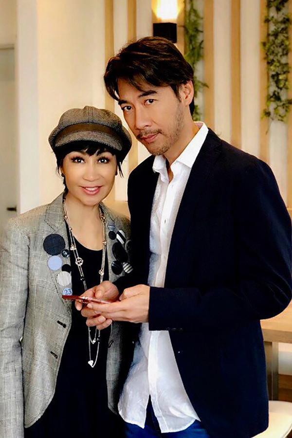 Tô Chấn Phong hiện tại và bà xã - danh ca Khánh Hà.
