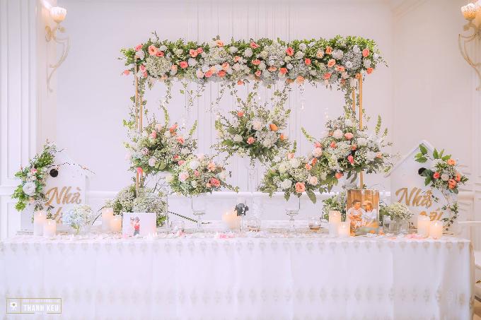 Bàn lễ tân do Trống Đồng Wedding Planer thực hiện. Ảnh:Thành Kều Media