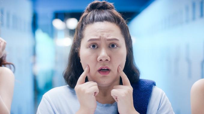 Trịnh Thảo, Minh Thảo ám ảnh da sạch căng kin kít mỗi khi sờ tay lên mặt mình