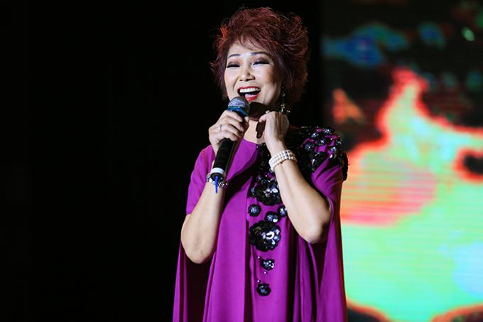 Ca sĩ Kim Anh mang đến những hoài niệm xưa qua nhạc phẩm Mùa thu yêu đương.
