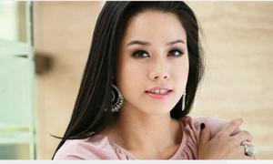 Nhật Kim Anh bức xúc khi bị tố cặp bồ với đạo diễn nổi tiếng showbiz
