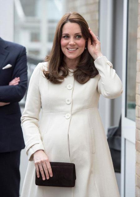 Em gái Kate mang thai con đầu lòng - 2