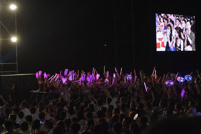 Ban tổ chức cho biết, có khoảng hơn 20.000 khán giả tham gia chương trình này.