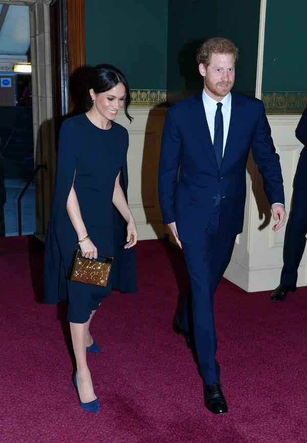 Meghan Markle diện ton sur ton với Hoàng tử Harry dự sinh nhật Nữ hoàng