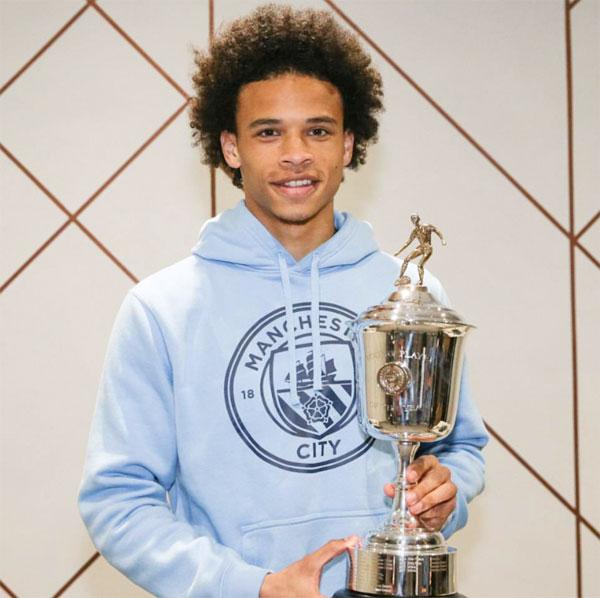 Leroy Sane của Man City giành giải Cầu thủ trẻ hay nhất năm