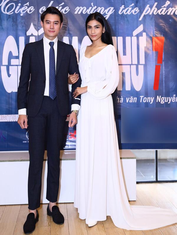Diễn cặp cùng Trương Thị May trong Giấc mơ thứ bảy là diễn viên Nguyễn Anh Dũng. Anh được khán giả biết đến qua phim truyền hình nổi tiếng Sống chung với mẹ chồng.