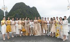 Lê Thanh Hòa tự chọn vải thiết kế giày cho show diễn 'Mặt trời phương Đông'