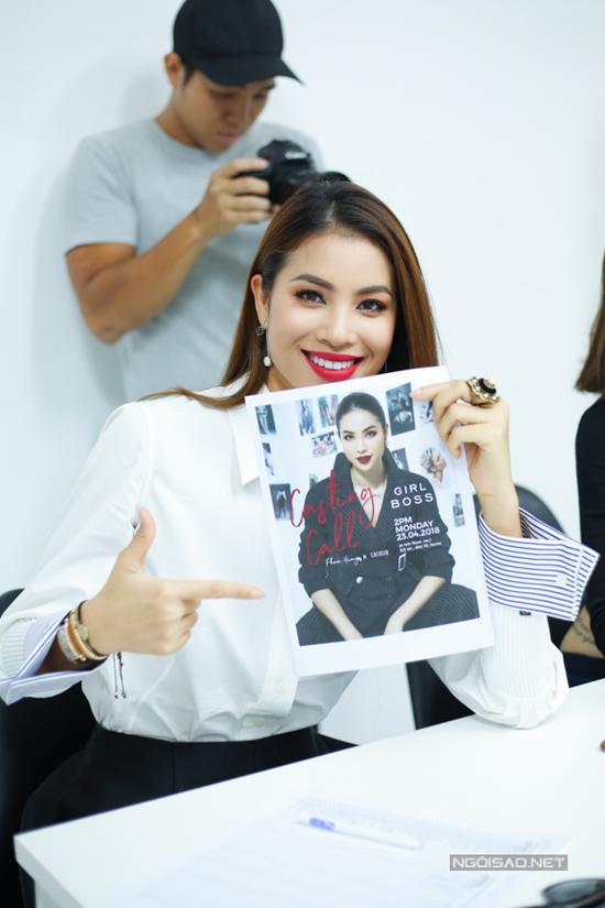 Hoa hậu cho biết, với những kinh nghiệm trên sàn diễn, cùng với kiến thức và sự am hiểu về thời trang, phong cách thì cô hoàn toàn có thể tự mình làm chủ một show diễn đặc biệt.