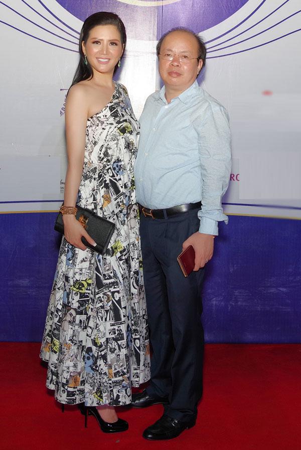 Hoa hậu Đinh Hiền Anh khoe 'nhan sắc không tuổi' khi dự sự kiện