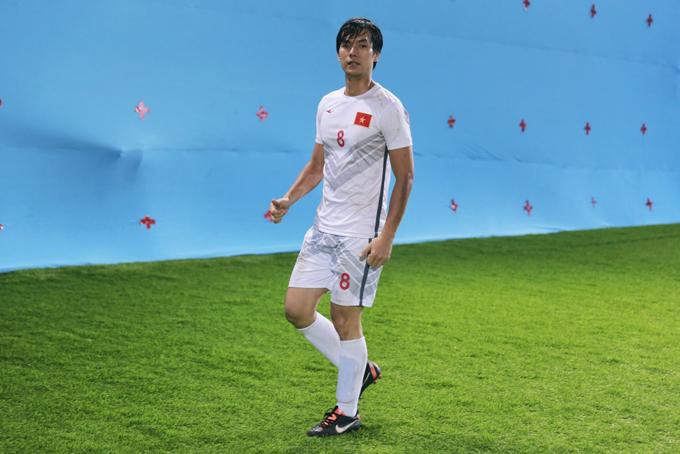 Nhan Phúc Vinh đóng phim với cựu danh thủ Lê Huỳnh Đức - 3