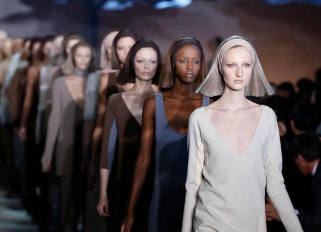 Những bộ sưu tập của Marc Jacobs luôn tạo nên xu hướng mới trong ngành công nghiệp thời trang - Ảnh:Vogue