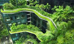 Khách sạn xanh ngắt như vườn treo Babylon ở Singapore