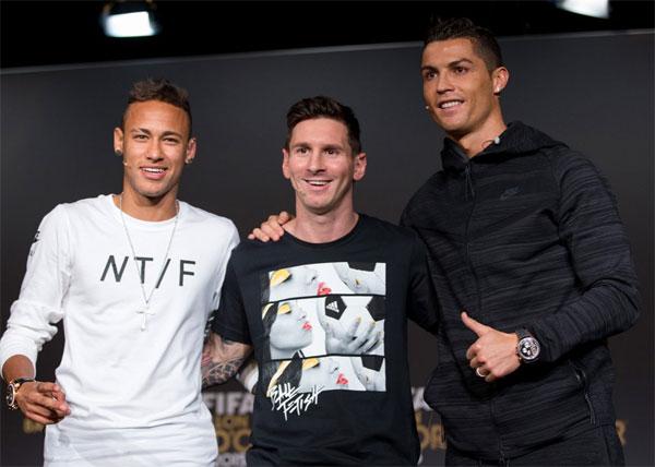 Messi, C. Ronaldo và Neymar lần lượt chiếm ba vị trí đầu tiên trong top cầu thủ thu nhập cao nhất mùa giải. Ảnh: NN.