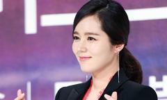 'Mỹ nhân mặt mộc đẹp nhất xứ Hàn' Han Ga In nổi trội giữa dàn nghệ sĩ