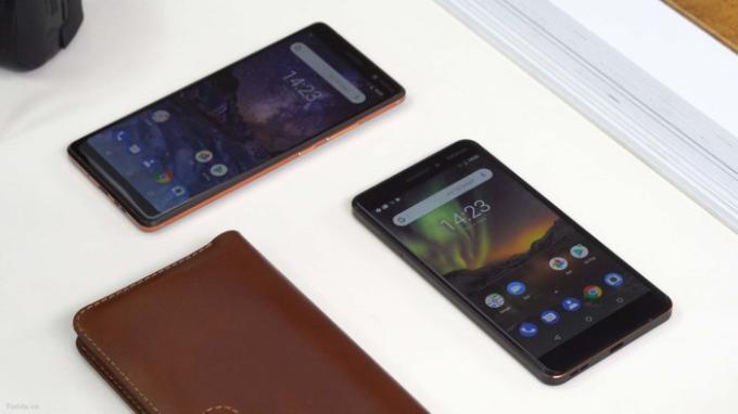 Nokia ra mắt Nokia 7 Plus và Nokia 6 mới với nhiều cải tiến nhưng vẫn giữ nguyên những chất riêng làm nên thương hiệu Nokia: Cấu hình mạnh, bền, pin khủng.
