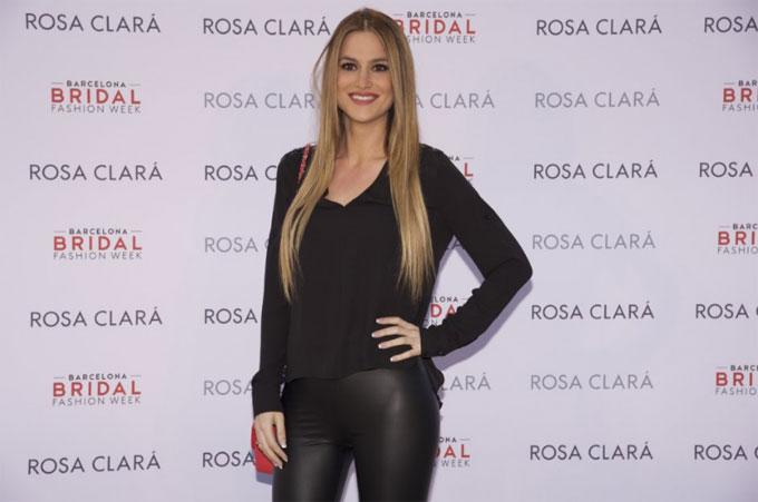 Elena Galera - nửa kia của tiền vệBusquets.