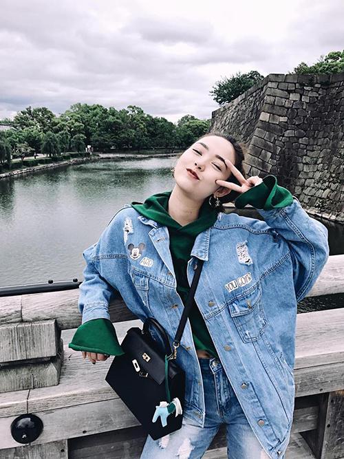 Minh Hằng đang có kỳ nghỉ xả hơi ở Nhật Bản và chia sẻ: Một tuần tra tấn hình ảnh xin được phép bắt đầu.
