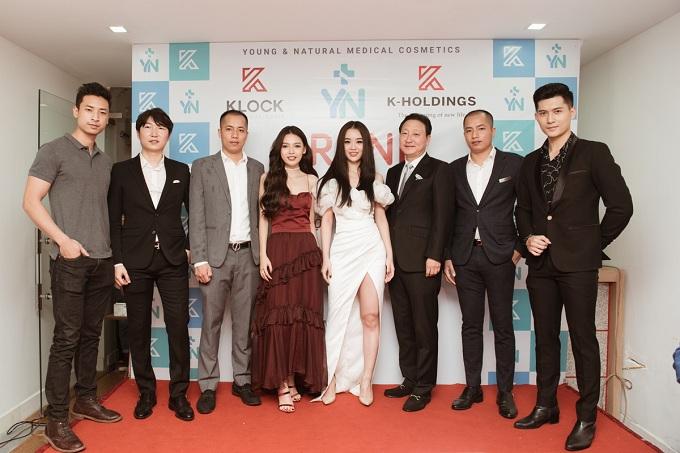 Á hậu Tú Anh, Hoa hậu Dương Thuỳ Linh rạng rỡ dự sự kiện - 6