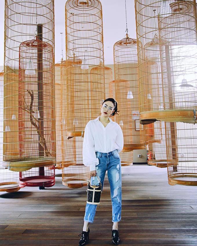 Túi xách hình chiếc xô được lòng mỹ nhân Việt