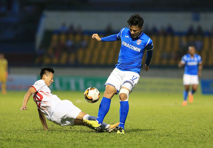 Mạc Hồng Quân là cầu thủ ghi bàn duy nhất giúp Than Quảng Ninh vượt qua Nam Định ở vòng 6 V-League. Ảnh: VPF.
