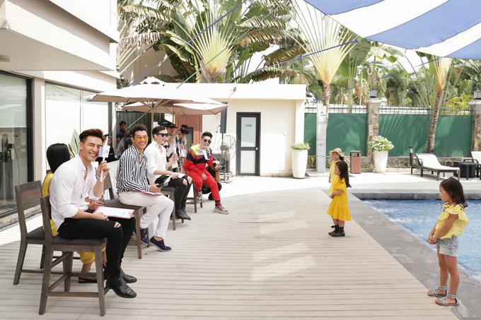 Với mong muốn mang đến sự thú vị và bổ ích cho các hoạt động của câu lạc bộ người mẫu nhí Pink Kids, đạo diễn Nguyễn Hưng Phúctổ chức buổi học ngoại khóa mô phỏng vòng loại của cuộc thi The Face.