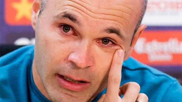 Iniesta khóc khi thông báo chia tay Barca