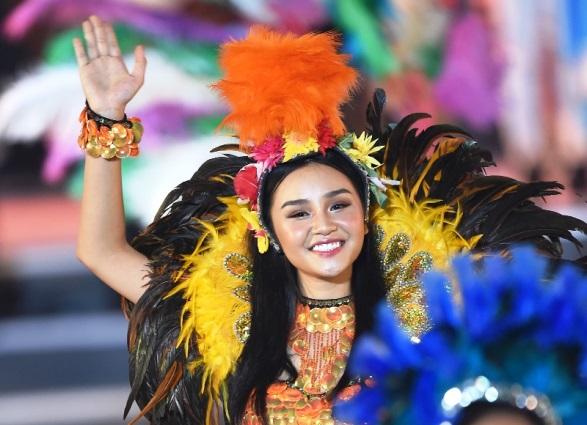 Đêm Carnaval Hạ Long 2018 công bố khai mạc năm du lịch quốc gia 2018 được Tập đoàn Sun Group thực hiện, dưới sự chỉ đạo bởi Bộ Văn hóa Thể thao Du lịch. Người lên toàn bộ kịch bản và triển khai chương trình là tổng đạo diễn Phạm Hoàng Nam, nhạc sĩ Huy Tuấn phụ trách phần âm nhạc.