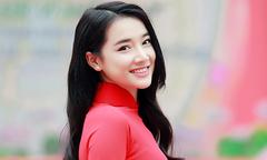 Nhã Phương mặc áo dài dự event ở Hà Nội