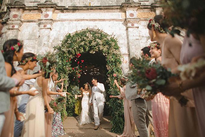 Tất tần tật cách tổ chức tiệc cưới với sắc đỏ rực rỡ - 22