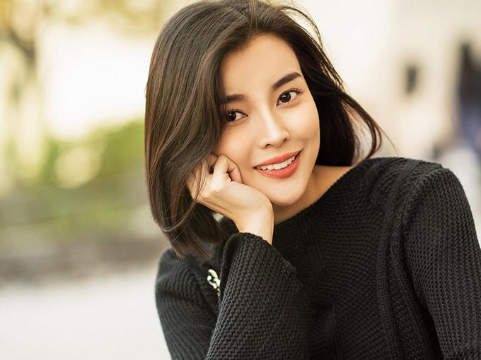 Tuy nhiên, mới đây Cao Thái Hà đã cắt phăng mái tóc dài mà cô nuôi 3 năm nay.