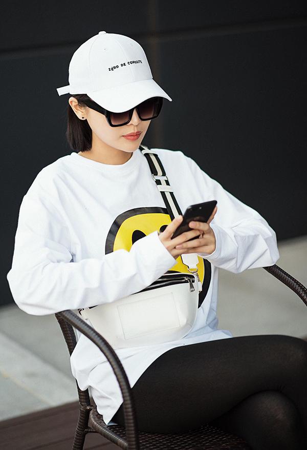 Từ 2/5, Cao Thái Hà bắt tay tạo hình nhân vật để 3 ngày sau đó cô chính thức bước vào buổi quay đầu tiên của phim Án nóng.